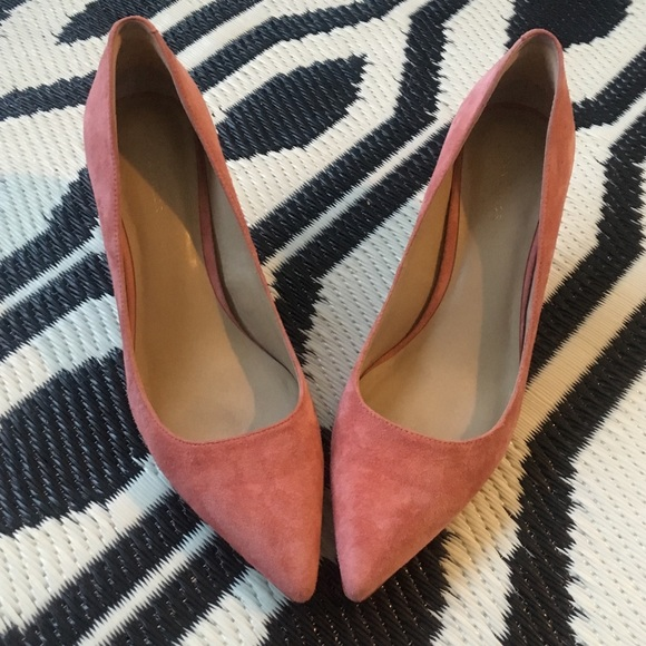 1863408130a Ann Taylor Shoes - Ann Taylor suede heels pumps rose pink work sexy 9
